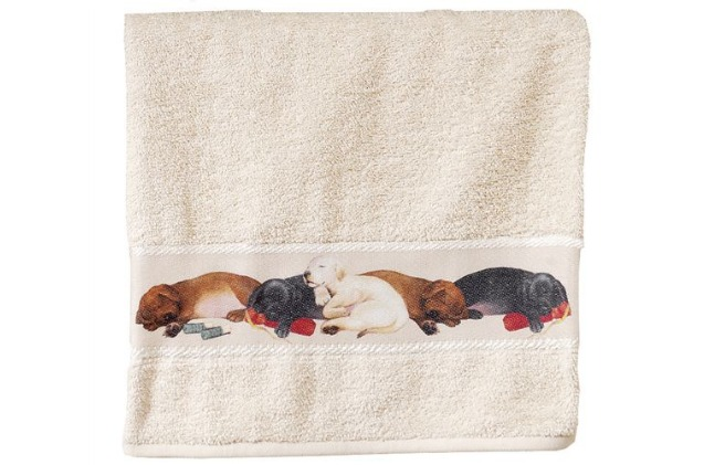 This hand towel is a great piece of labrador retriever decor